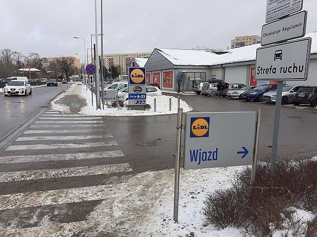 """Jak odkorkowaæ ulicê Kopalnian±? Radny: konieczna """"przebitka"""" z parkingu Lidla"""