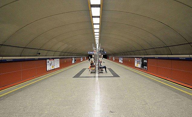 Trzecia linia metra przez Mokotów. Rozwa¿± dwa warianty