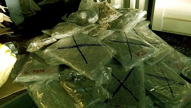 Przemys³owa produkcja nielegalnych papierosów w gara¿u na Tarchominie. Narkotyki o warto¶ci 3 mln z³