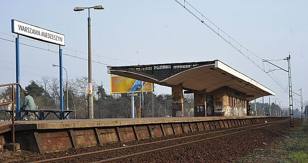 Bloki TBS zamiast parkingów przy stacjach kolejowych. Podatnicy zap³ac± potrójnie