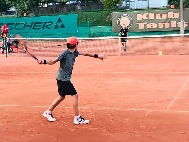 Czy m³odzie¿ z Targówka bêdzie w koñcu mog³a zagraæ w tenisa?
