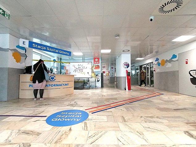 Kolorowe metro w Centrum Zdrowia Dziecka. Pomaga nie zgubiæ siê w wielkim szpitalu