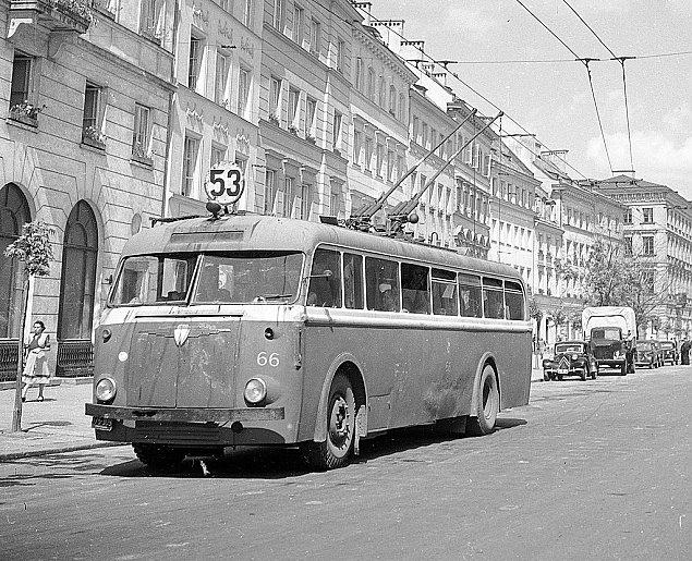 26 lat temu z Warszawy zniknê³y trolejbusy