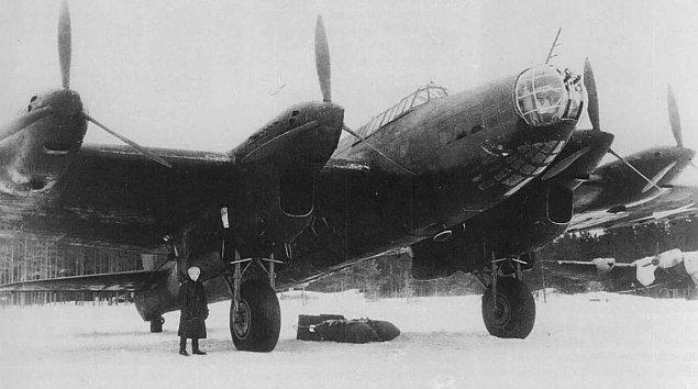 Bombowce Stalina nad Warszaw±. Zapomniana rze¼ sprzed lat