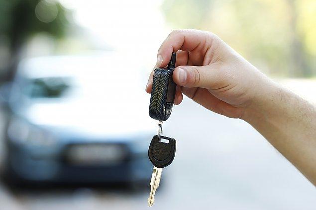 Jak szybko i legalnie sprzedaæ samochód?