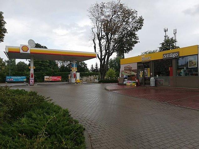 Woda w paliwie na stacji przy Zegrzyñskiej. Shell przeprasza