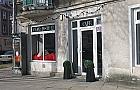 Cafe de la Poste: nowa knajpka przy placu Konfederacji