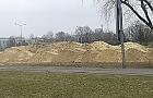 Tajemnicze g�ry piachu przy ul. Conrada