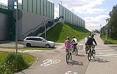 Droga rowerowa wzd�u� nowego mostu to fuszerka