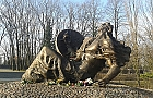 Cmentarz Powsta�c�w Warszawy wzbogaci si� o Izb� Pami�ci