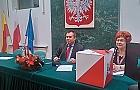 Bunt pi�ciu radnych PO. D�browski przewodnicz�cym rady