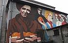 Gdzie znajduje si� ten mural i co przedstawia?