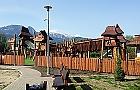 W parku M�oci�skim uro�nie dzieci�ce centrum zabaw