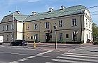 Ratusz w karczmie i XIX-wieczna poczta. Witamy w Jab�onnie