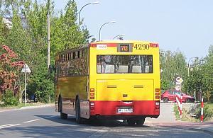 Za oknem ³±ki i... 170 autobusów