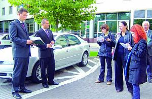 Dowód przyjedzie w limuzynie burmistrza