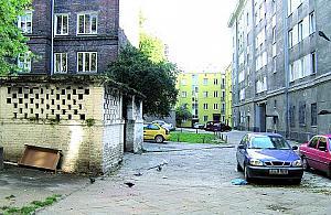 Slumsy w centrum Woli