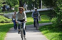 Piesi kontra rowerzy�ci na K�pie Potockiej