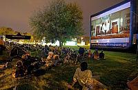 Film�w od metra, czyli kino w plenerze na Bielanach