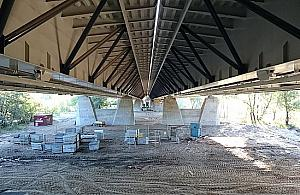Brzuch mostu Grota