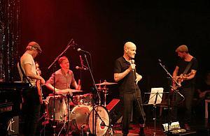 Stephen Rappaport Band zagra w ratuszu