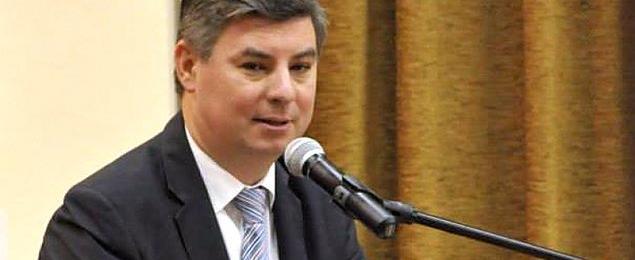 Robert Wr�bel nowym starost�. Grabiec wiceministrem administracji