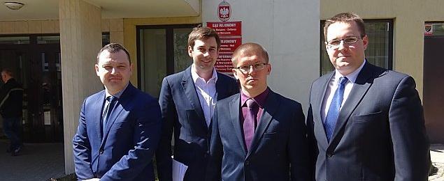 Rada miasta uniewa�ni�a wyb�r zarz�du Bemowa. Zygrzak: nadal jestem burmistrzem
