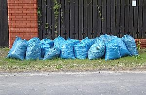 Urz�d zmieni� bzdurne zasady w sprawie skoszonej trawy