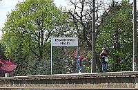 Basen, odnowiony peron i pomnik Jana Paw�a II - tego potrzebuje Legionowo?