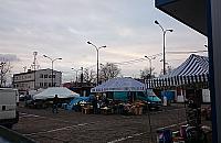 Mieszka�cy Falenicy: Zadaszmy bazar, dodajmy zieleni