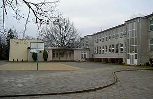 Podstaw�wka przy Samog�oska zyska pi�tro dla przedszkolak�w