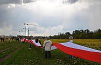 Targ�wek pobi� rekord Polski. 1556-metrowa flaga na Br�dnie