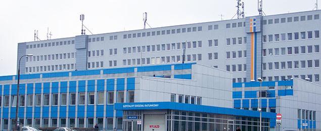 Samob�jstwo w Szpitalu Br�dnowskim. M�czyzna skoczy� z 6. pi�tra