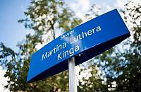 Skwer Kinga - nowa nazwa na mapie Woli