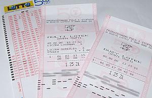 Szczê¶ciarz z Chotomowa wygra³ w Lotto 21 milionów