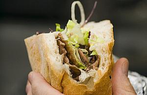 Szlakiem lokalnych barów. Dok±d na kebab w Legionowie?