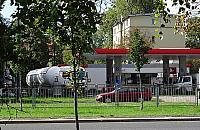 Stacja paliw sol� w oku mieszka�c�w Br�dna