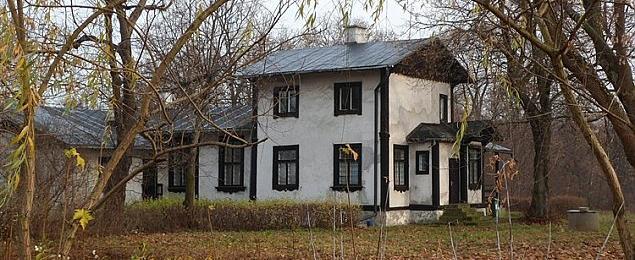 """Najstarszy budynek Legionowa na sprzeda¿. """"Niepozorny, ale uroczy"""""""