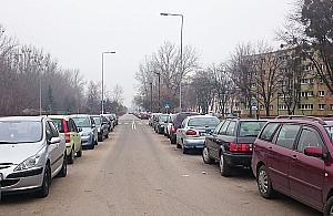 Wrzeciono zablokowane autami. Czas na p³atne parkowanie?