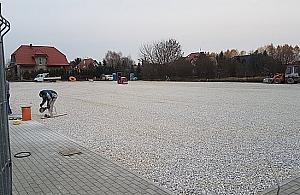 """Nowe boisko prawie gotowe. """"Prezent na Gwiazdkê"""""""