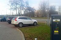 Na Kasprowicza ju¿ p³acimy za parkowanie