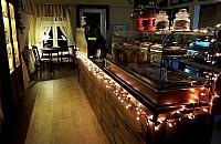 Nowa kawiarnia w starym pa³acu