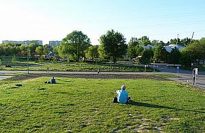 Koncerty, kino i trampoliny. Park Górczewska od¿yje