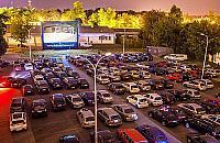 ¦wietne filmy w Miêdzylesiu. Kino samochodowe za darmo