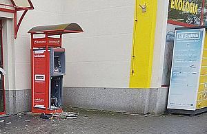 Bankomaty wylatuj± w powietrze. Wybuch zag³uszony fajerwerkami