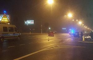 Wypadek na Modliñskiej. Jedna osoba w szpitalu