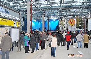 Bielañskie metro ma 9 lat. Mia³o jechaæ na Tarchomin