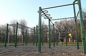 Czy w parku Powstañców wypada siê bawiæ?