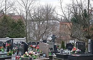 Cmentarz pod lup± prokuratury. Nowy proboszcz chce zgody