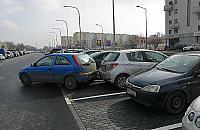 Z cyklu Mistrzowie Parkowania: ¦mieszek z M³ocin